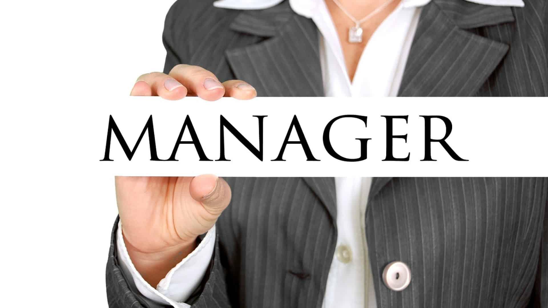 Suivre une formation dans une grande école pour devenir un excellent manager